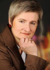 Mag.a Elisabeth Pless
